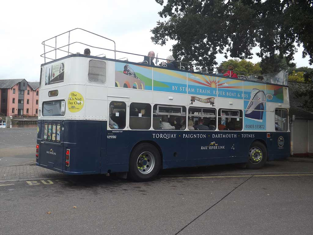 open-top-bus